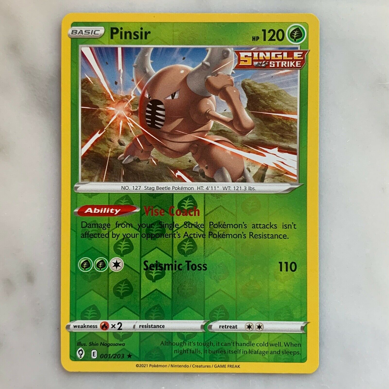 Pokemon TCG - Pinsir 001/203 Reverse Holo Rare - Evolving Skies - NM